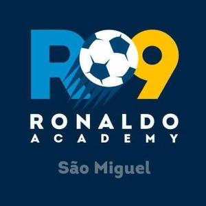 Escudo da equipe Ronaldo Academy SM - Sub 15